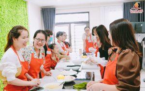 Chi tiết lịch học và nội lớp học thực hành nấu ăn dặm tháng 7